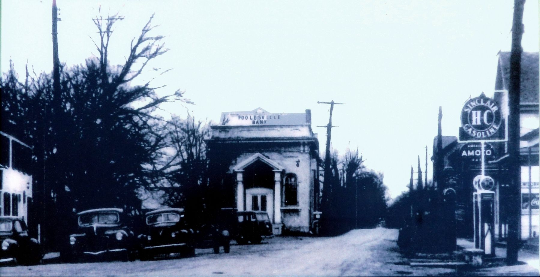 Poolesville Bank Building image. Click for full size.
