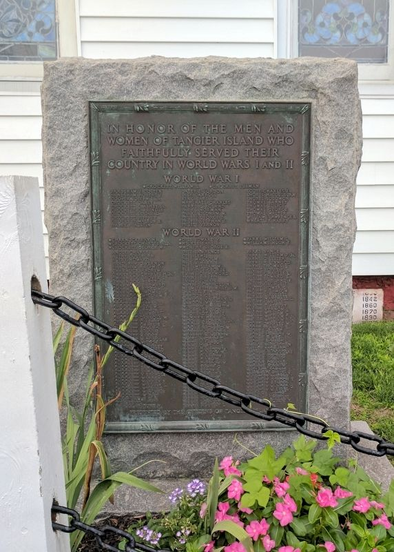 Tangier Island World Wars I and II Memorial image. Click for full size.