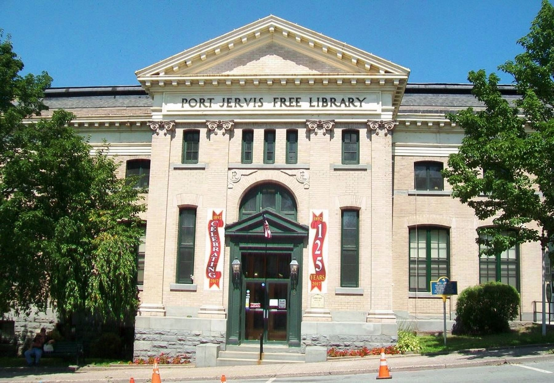1903 Carnegie Library and Marker image. Click for full size.