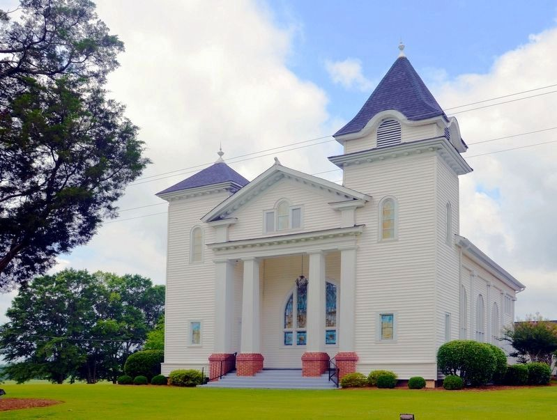 Trinity United Methodist Church image. Click for full size.