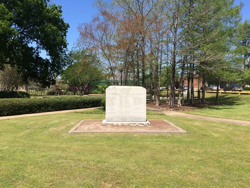 Clay County World War I Memorial in West Point City Park. image. Click for full size.