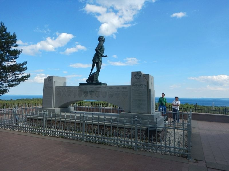 Terry Fox statue image. Click for full size.