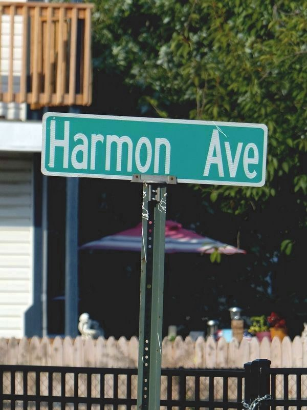 Harmon Avenue image. Click for full size.