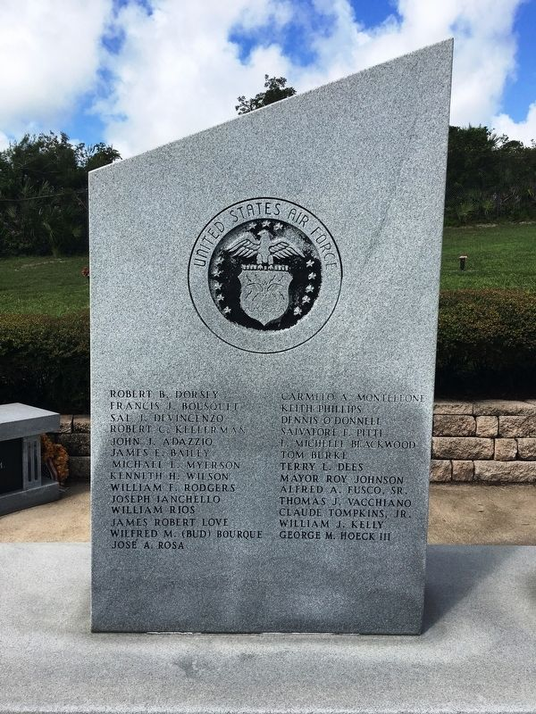 Vererans Memorial US Air Force Marker image. Click for full size.