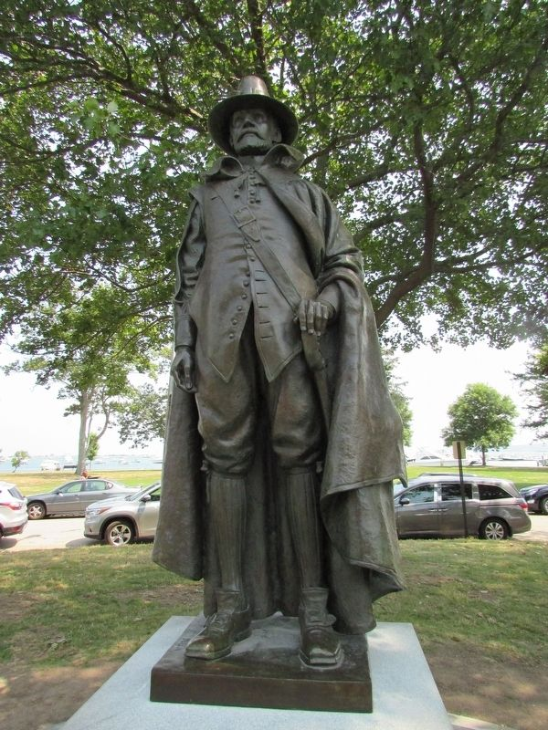 Statue of Major William Bradford image. Click for full size.