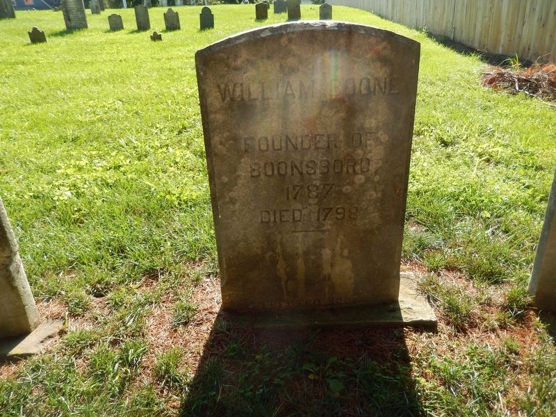 Gravestone of William Boone image. Click for full size.