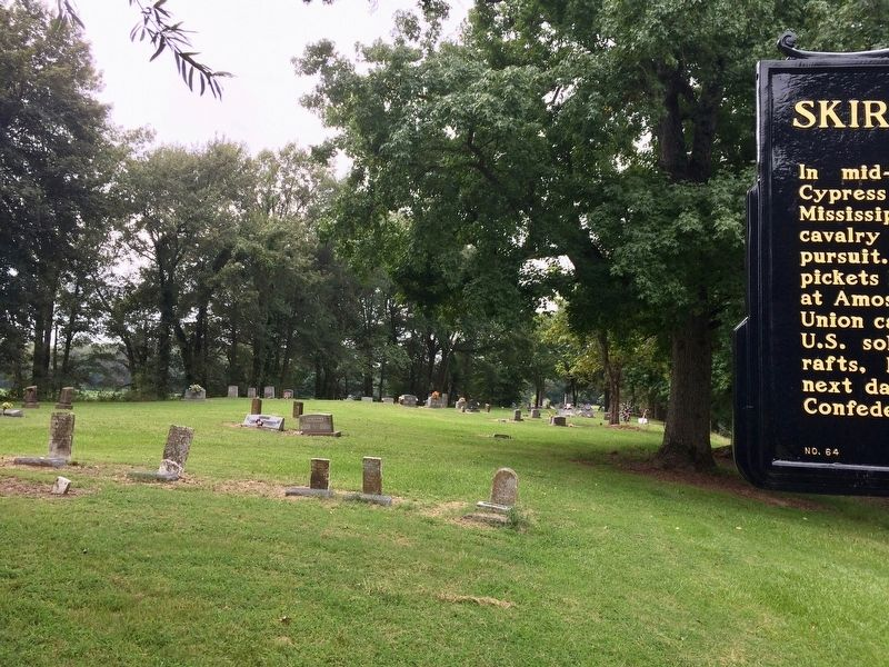 Partial view of Kelso Cemetery & marker looking west. image. Click for full size.