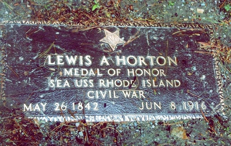 Lewis A Horton-Civil War Congressional Medal of Honor Recipient grave marker image. Click for full size.