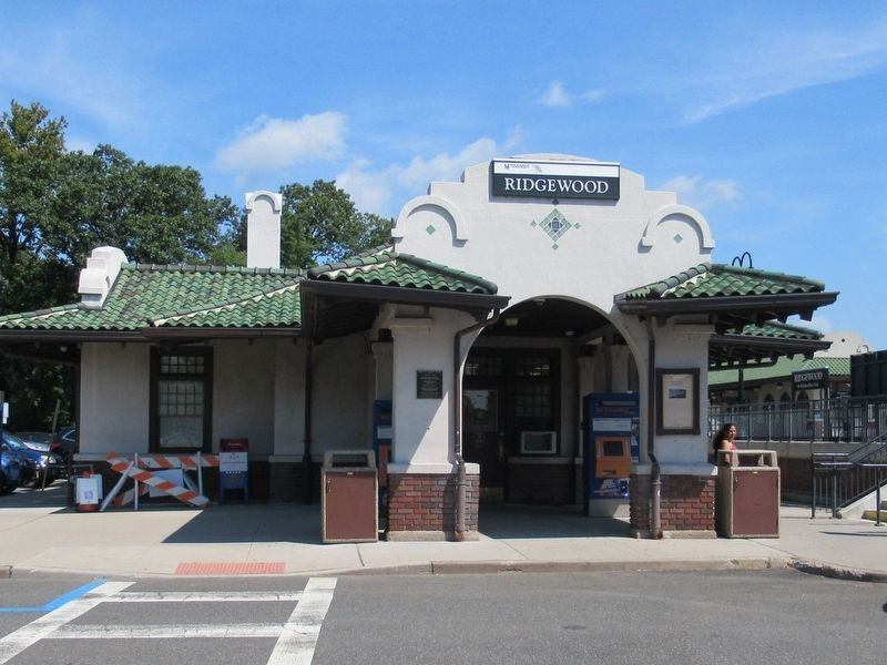 Ridgewood Station image. Click for full size.