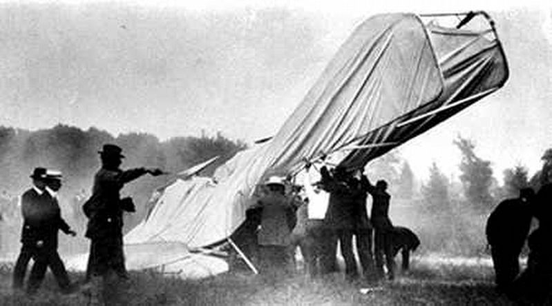 Fort Myer Wright Flyer Crash image. Click for full size.