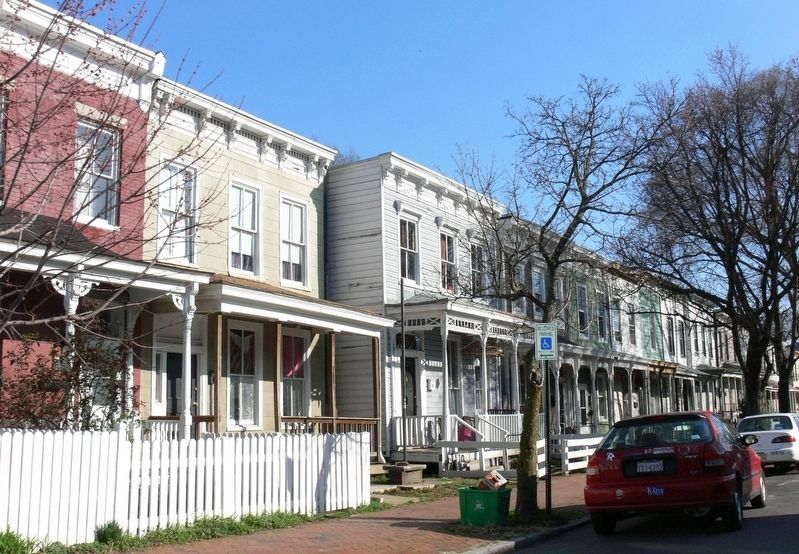 Laurel Street in Oregon Hill, Richmond, Virginia image. Click for full size.