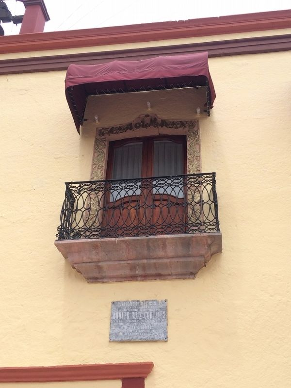 An exterior balcony of the House of Mota image. Click for full size.
