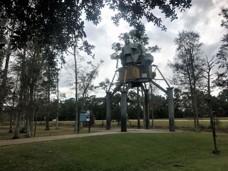 Lunar Lander and Marker image. Click for full size.