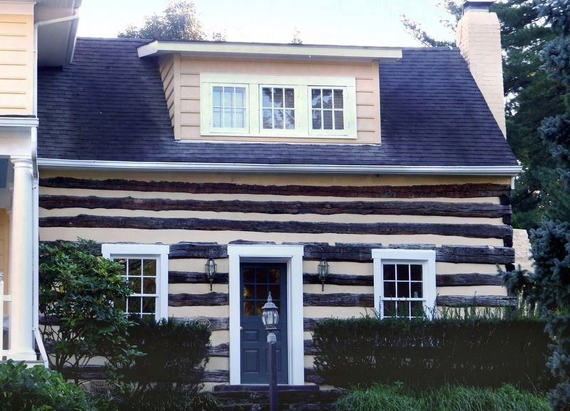 The Log House<br>at 8 Camden Court image. Click for full size.
