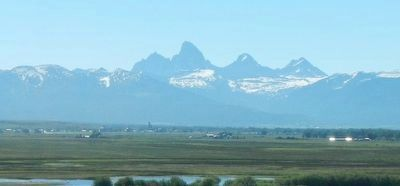 Teton Mountain Range image. Click for full size.