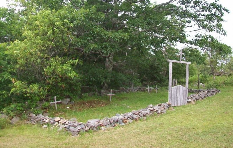 Rocco Point Chapel Cemetery image. Click for full size.