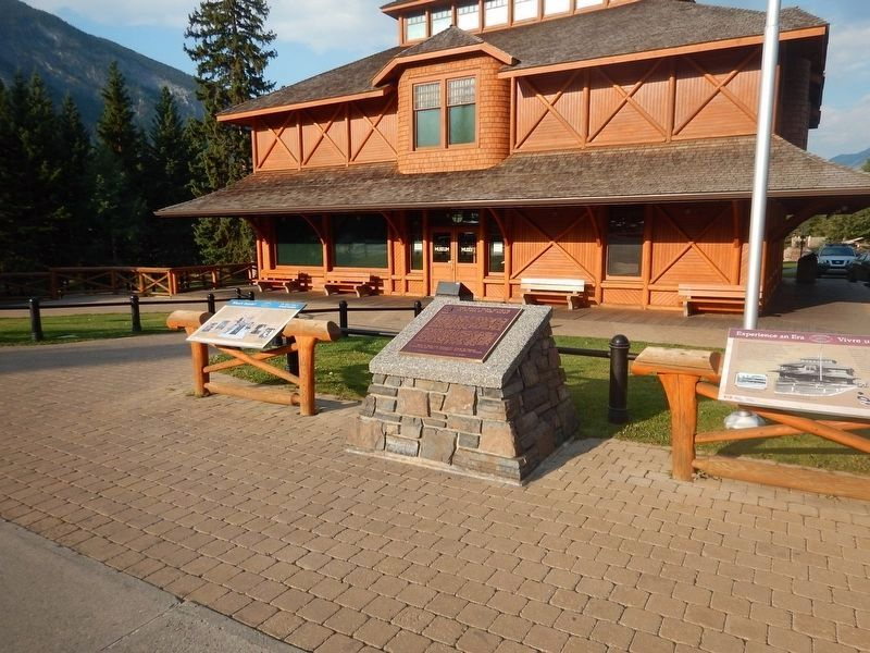 Wideview of Banff Park Museum Marker image. Click for full size.