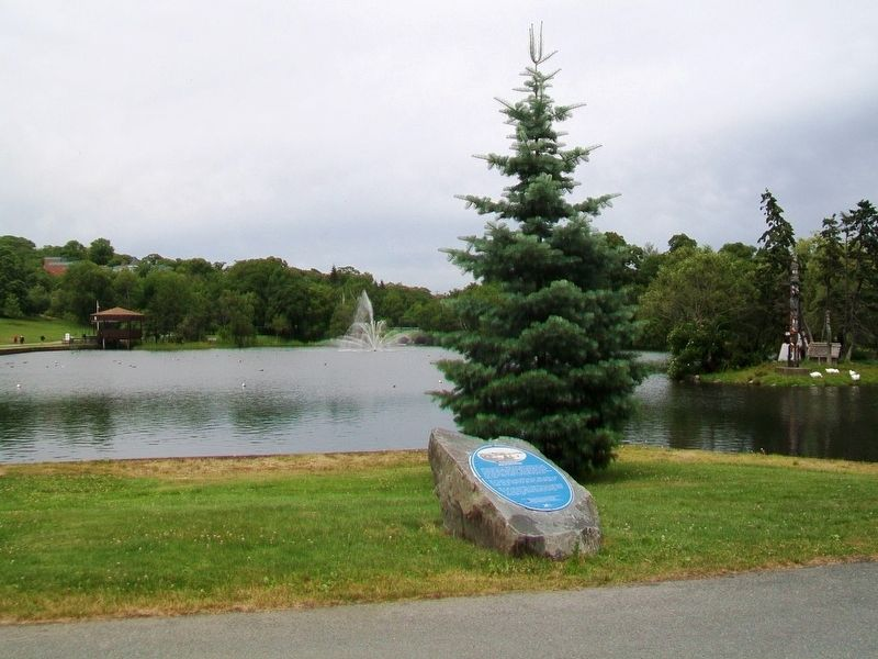 Sullivan's Pond and Marker image. Click for full size.
