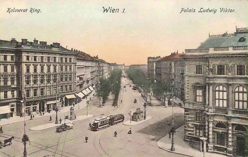 View of Schwarzenbergplatz with the Palace of Archduke Ludwig Viktor image. Click for full size.