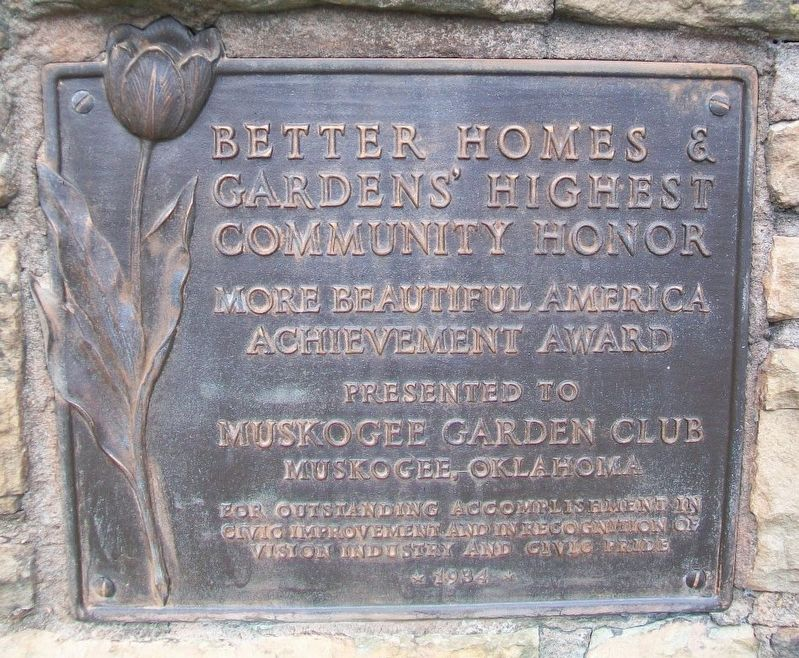 Better Homes & Gardens' Highest Community Honor Marker image. Click for full size.