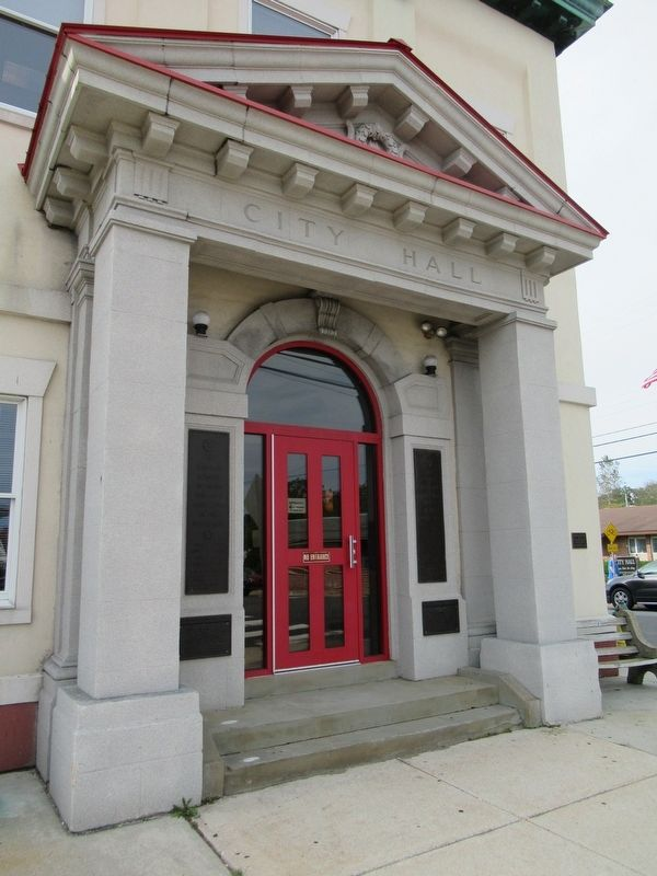 Somers Point City Hall image. Click for full size.