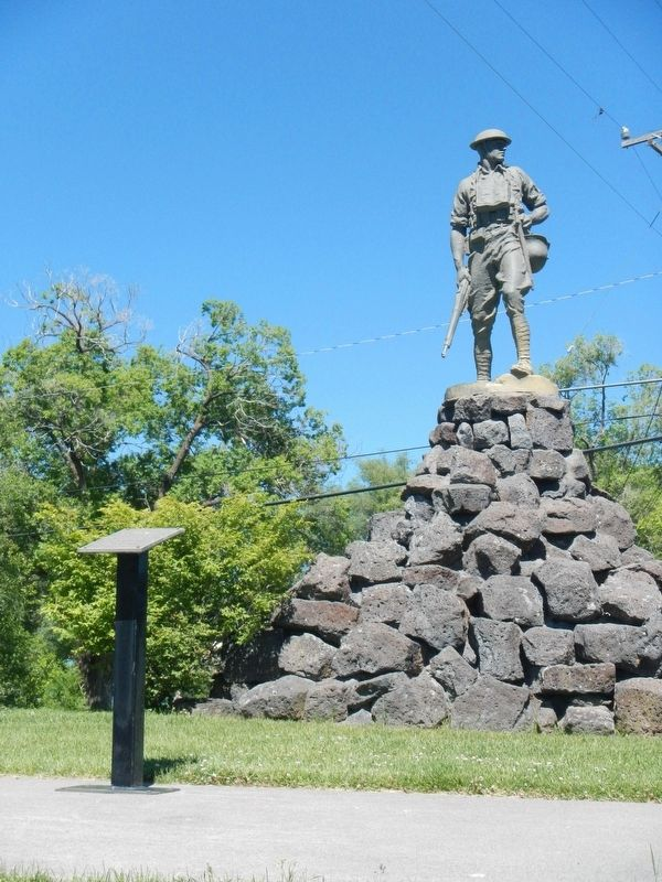 "World War I Memorial Marker and ""Doughboy"" statue image. Click for full size."