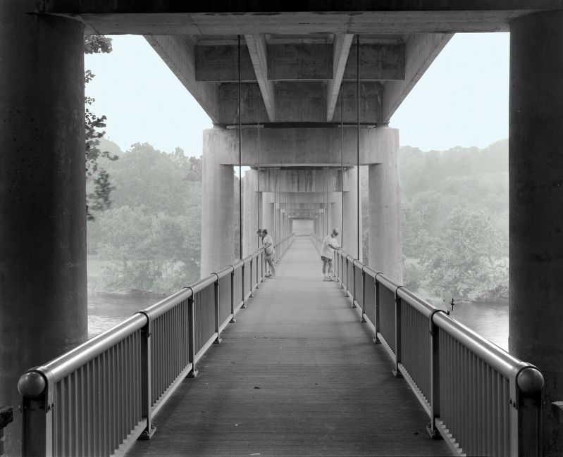 Harry Flood Byrd Memorial Bridge image. Click for full size.