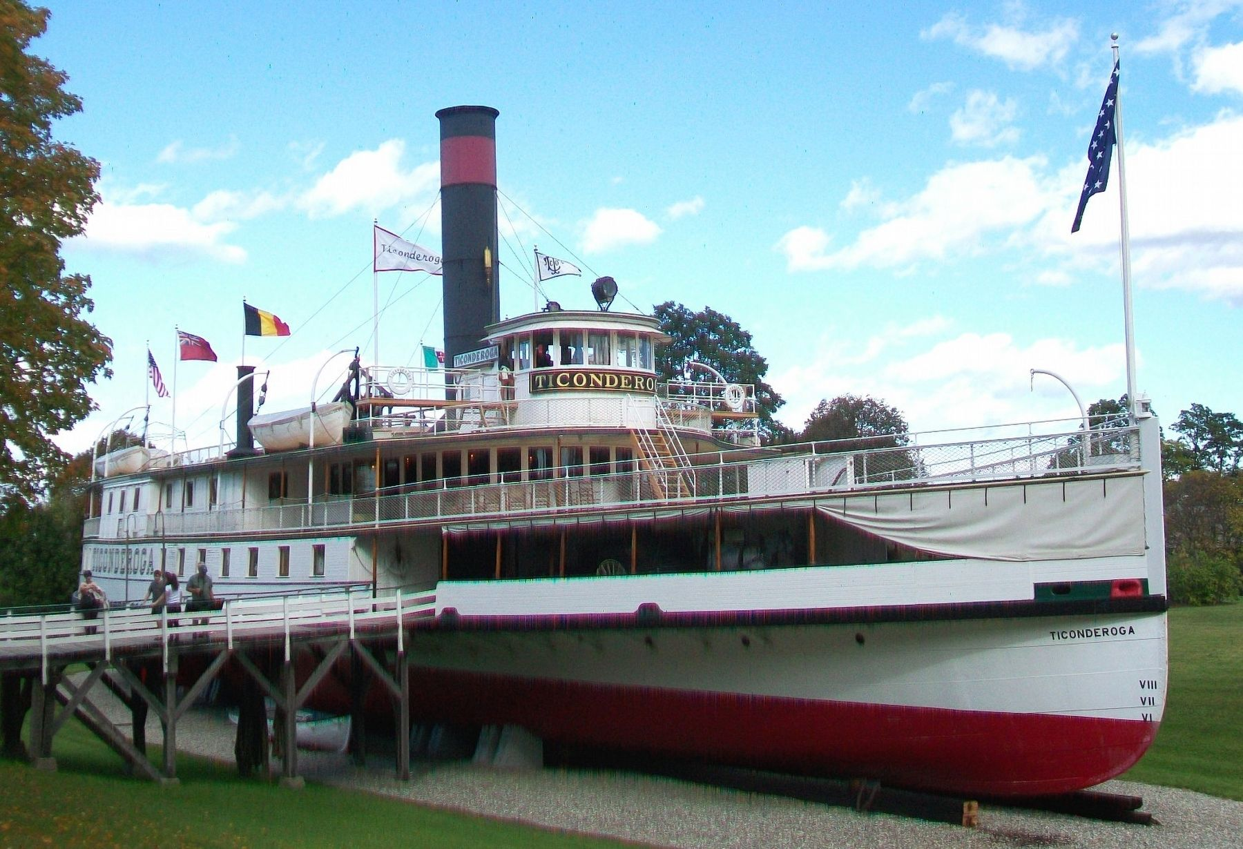 Sidewheel Steamboat <i>Ticonderoga</i> image. Click for full size.