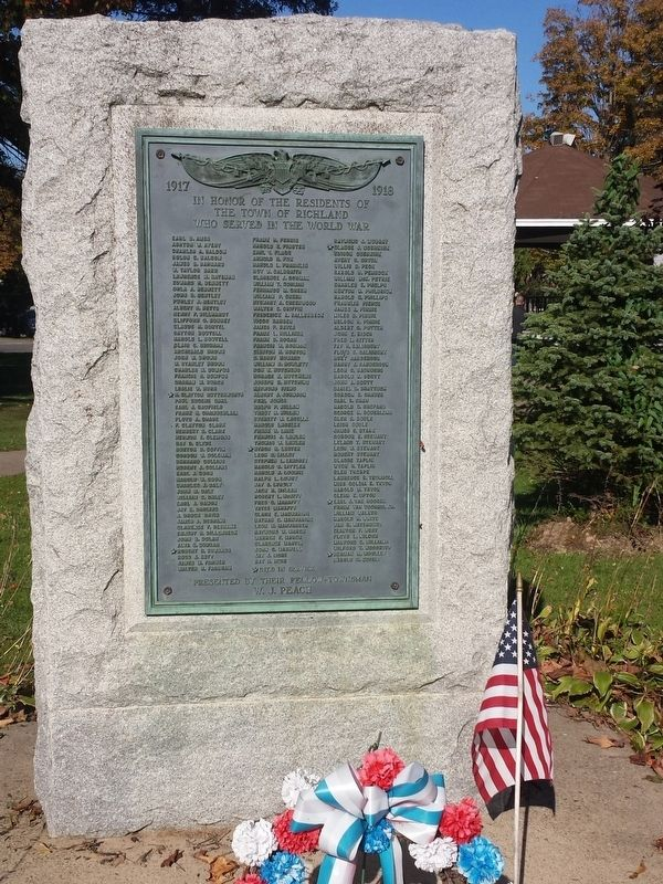 Richland World War I Monument image. Click for full size.