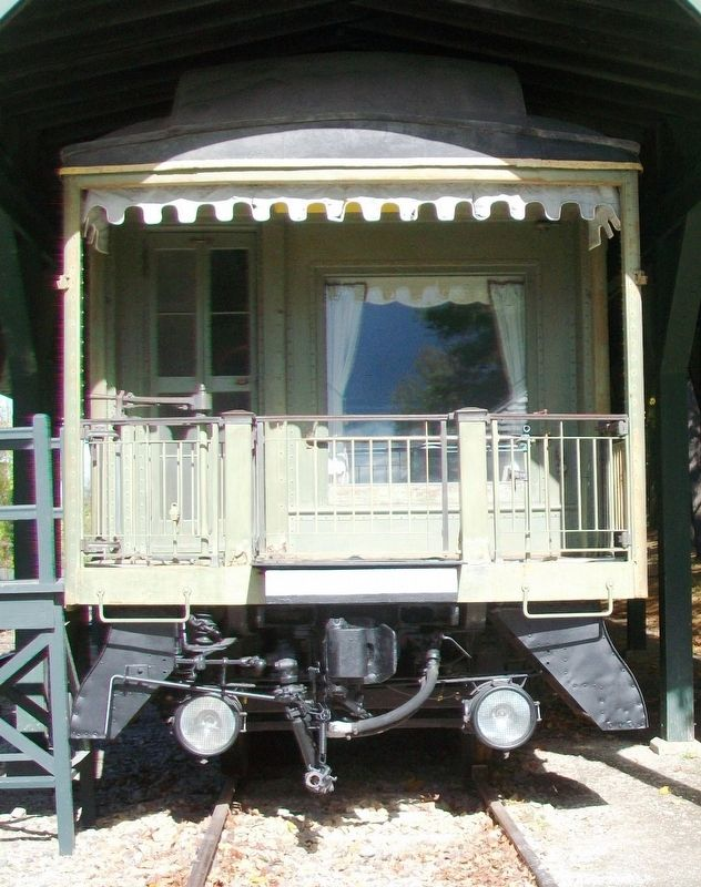 Rail Car <i>Grand Isle</i> Observation Platform image. Click for full size.