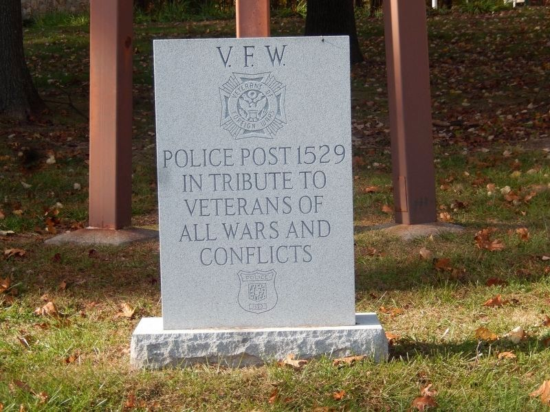 VFW War Memorial image. Click for full size.