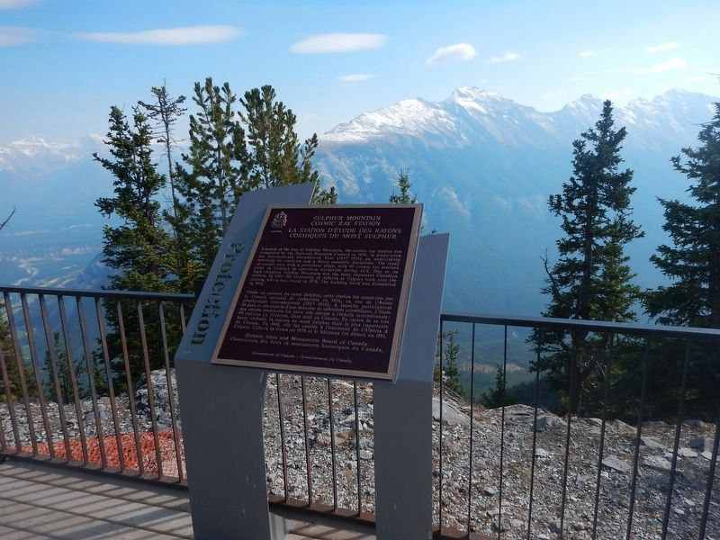 Wideview of Sulphur Mountain Cosmic Ray Station Marker image. Click for full size.