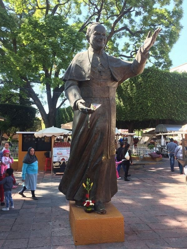 A nearby statue of Pope John Paul II image. Click for full size.