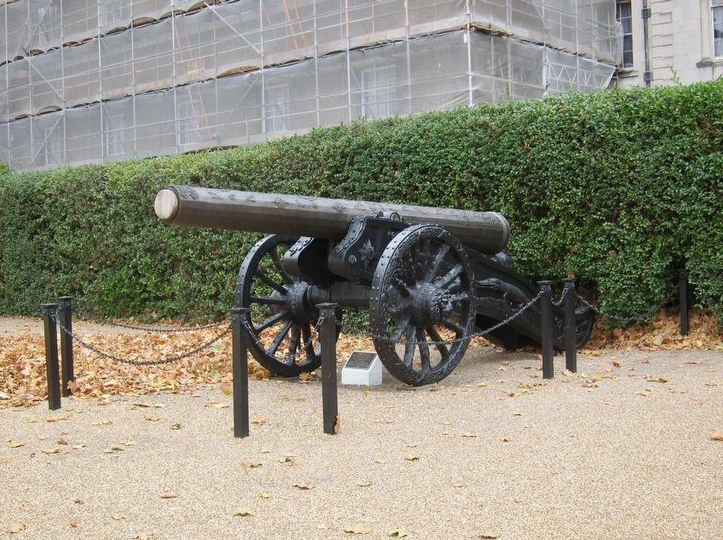 Turkish Gun and Marker - Wide View image. Click for full size.