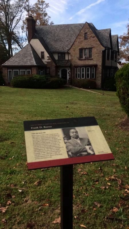 Frank D. Reeves Marker with Residence in the Background image. Click for full size.