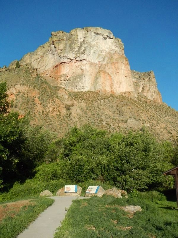"Tower Rock and William Clark's ""Clift"" Marker image. Click for full size."
