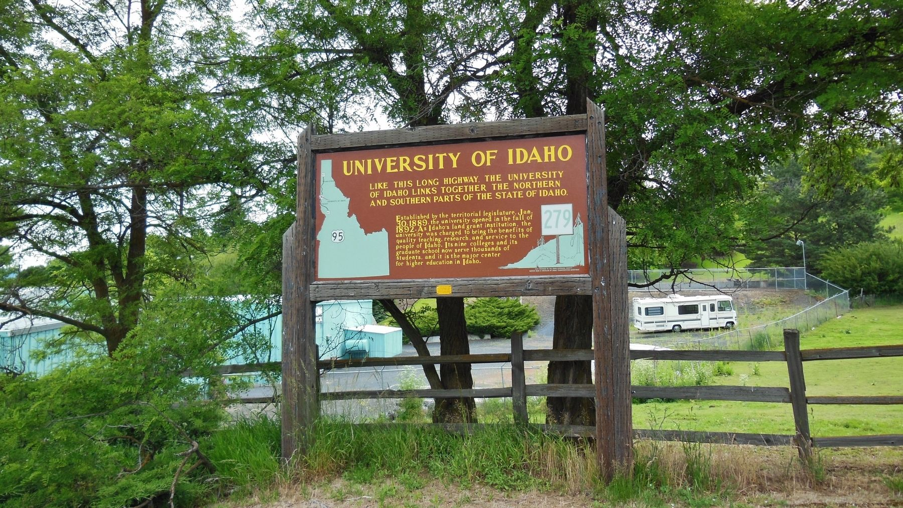 University of Idaho Marker (<i>wide view</i>) image. Click for full size.