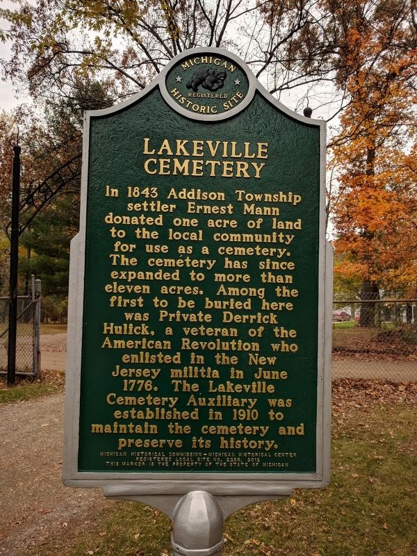 Lakeville Cemetery Marker image. Click for full size.