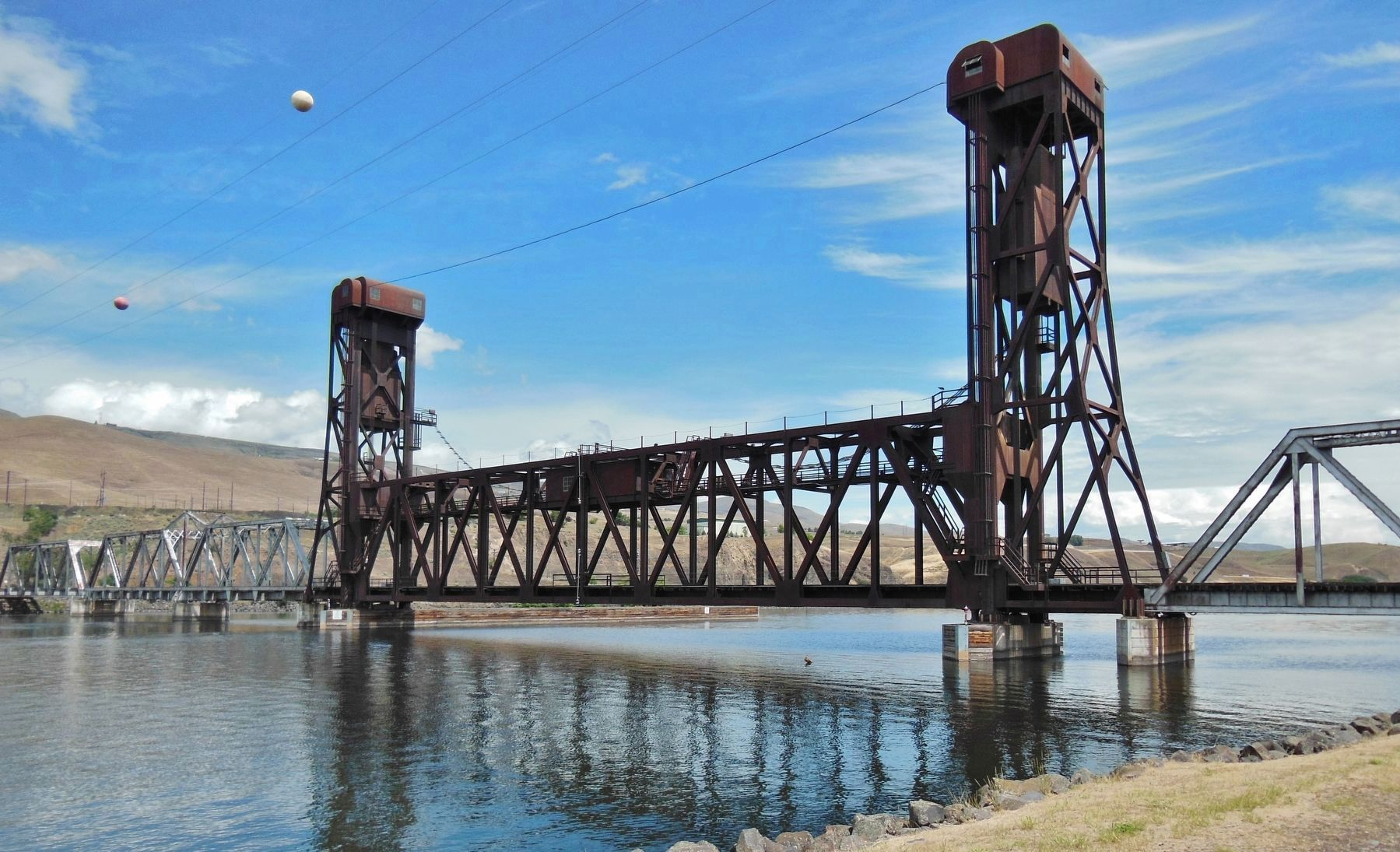 18th St. Bridge (<i>view across Clearwater River from west side of bridge</i>) image. Click for full size.