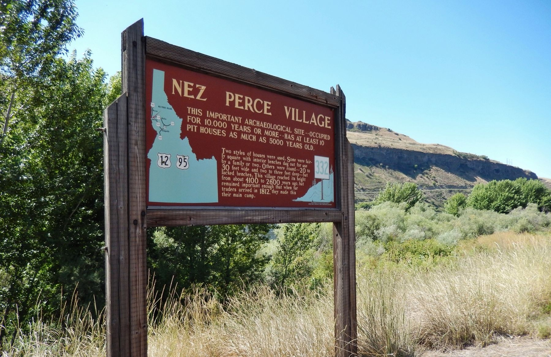 Nez Perce Village Marker (<i>wide view</i>) image. Click for full size.