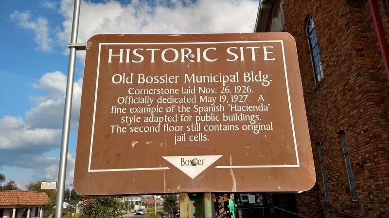 Old Bossier Municipal Building Marker image. Click for full size.