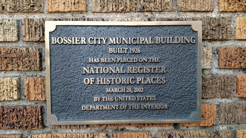 Old Bossier Municipal Building image. Click for full size.