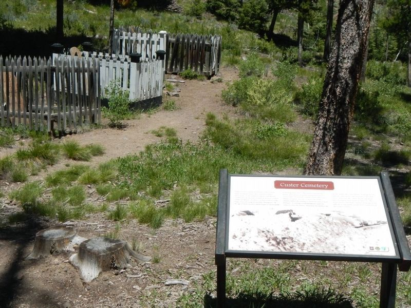 Custer Cemetery and Marker image. Click for full size.