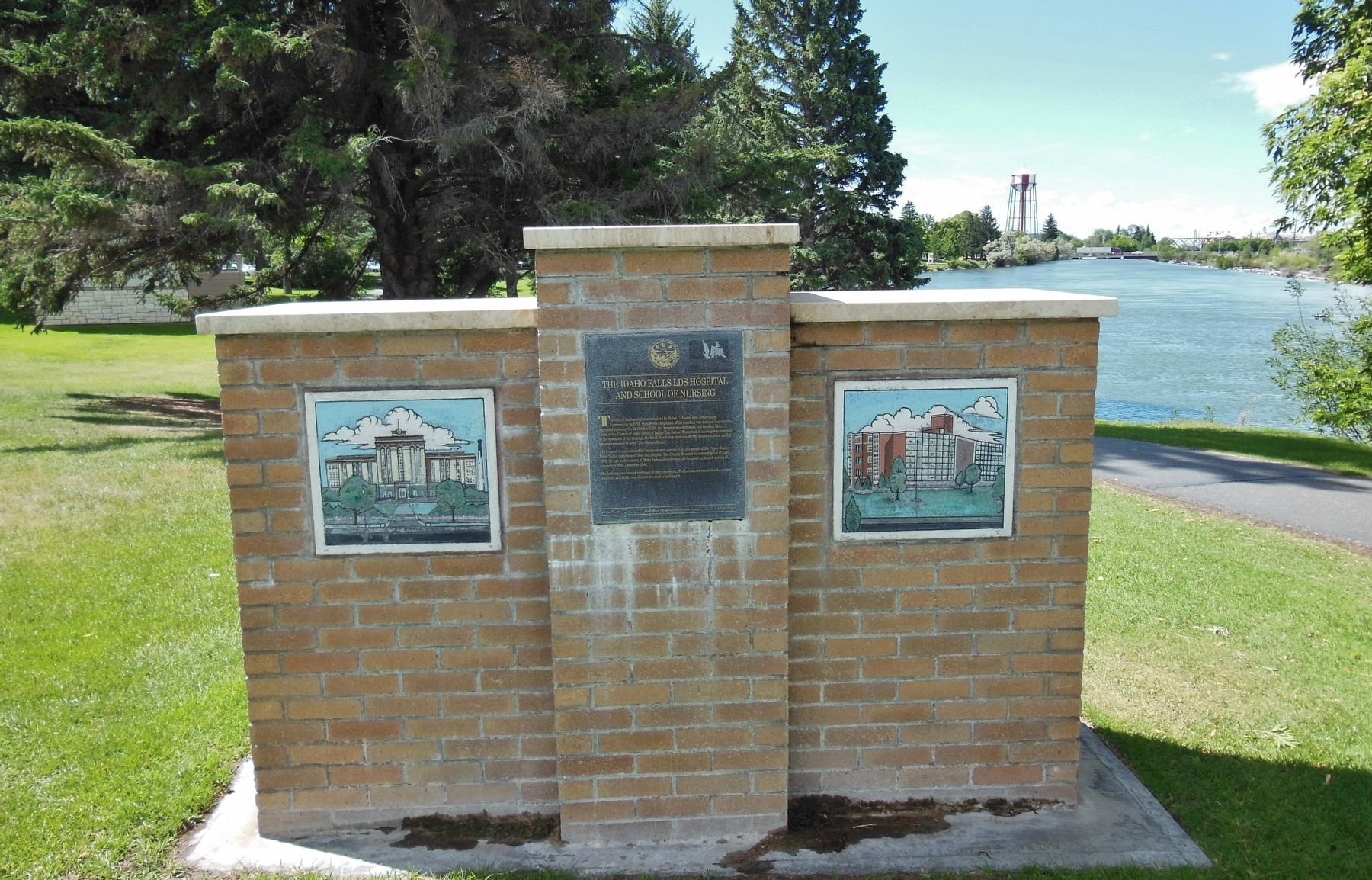 The Idaho Falls LDS Hospital and School of Nursing Marker (<i>wide view</i>) image. Click for full size.
