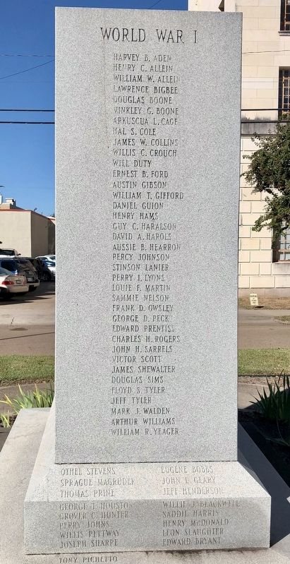 Warren County War Memorial (East side) image. Click for full size.