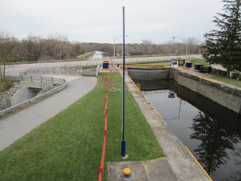 Lock 32 - Eastward View image. Click for full size.