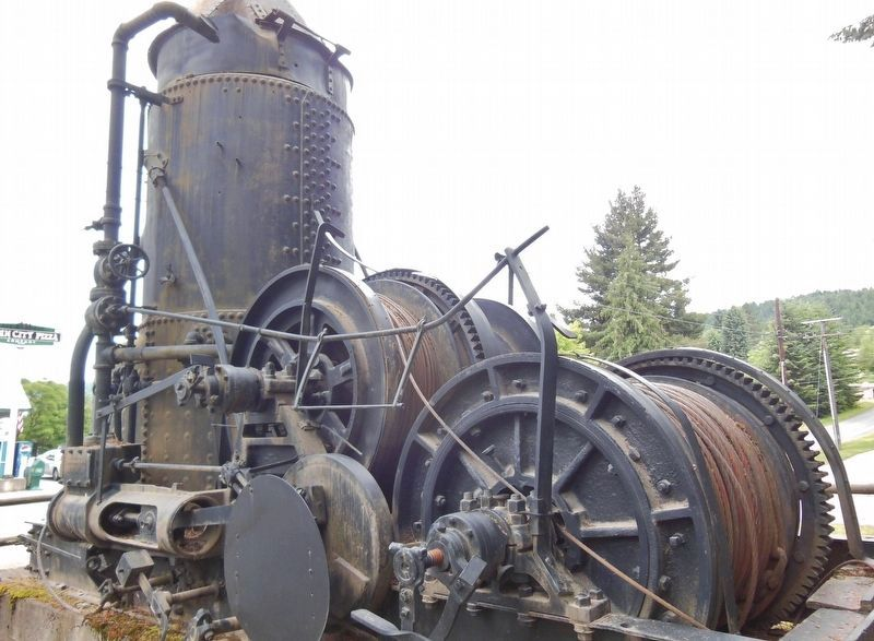 Willamette Steam Donkey image. Click for full size.