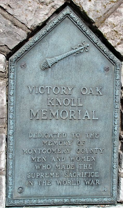 Victory Oak Knoll Hill Memorial Marker image. Click for full size.