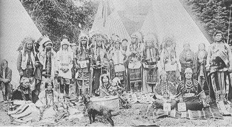 Big Horn Chief of the Bannock on the right image. Click for full size.