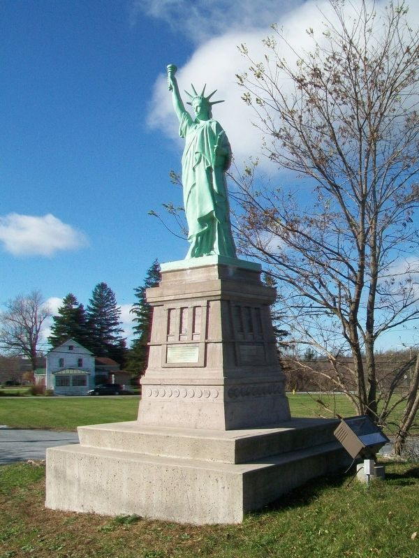Replica of the Statue of Liberty and Marker image. Click for full size.